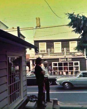 Queen Bee - Pre J&P early 70's